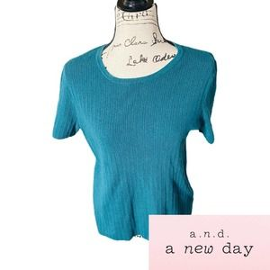 A new day crew neck teal short sleeve to